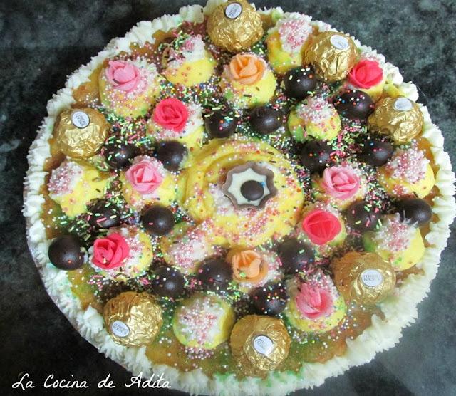 Tarta de piña con nata y crema