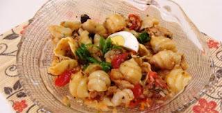 Salada Especial de Macarrão e Bacalhau