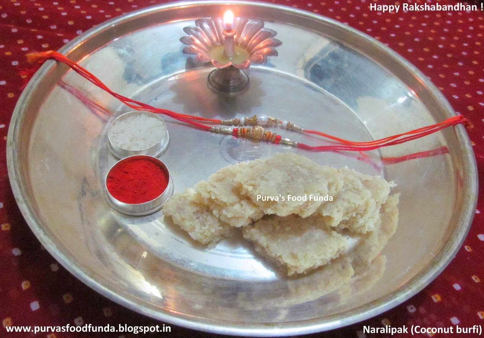 Coconut Burfi/Vadi (Naralipak / Khobaryachya Vadya)