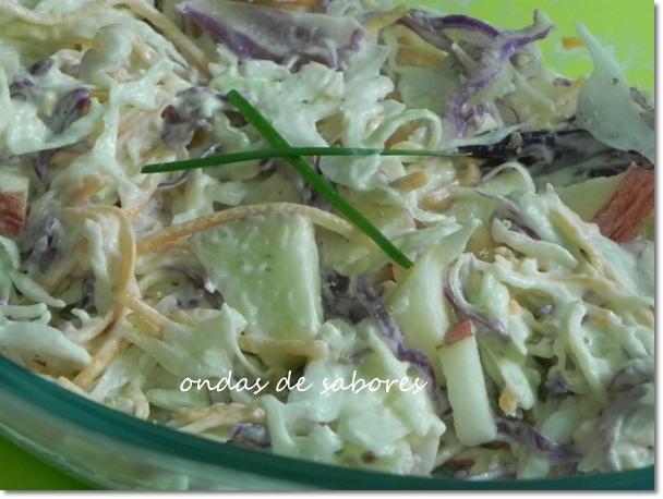 Salada Colorida de Repolho e Maçã