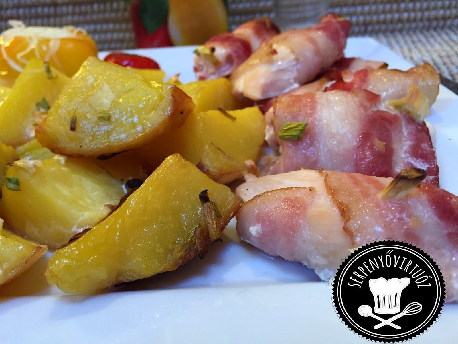 Baconos csirkemell csíkok és sütöben sült snidlinges sült burgonya :)