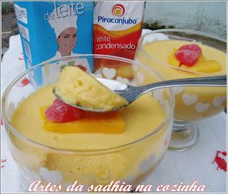 gelado de abacaxi em calda com gelatina