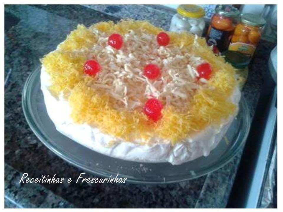 Torta de Sorvete com mousse de limão