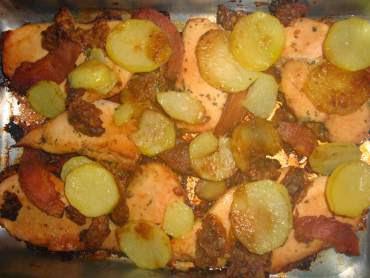 peito de frango com batata e creme de cebola