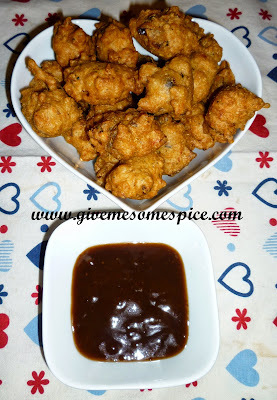 Rice bhajias (Rice fritters)