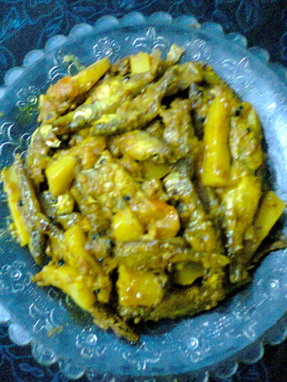 Dry Dish Of Mola Carplet (Mourala Fish)/Mourala Macher Jhal