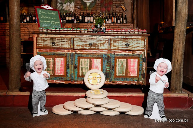 A Pizzaria dos Gêmeos Gabriel e Rafael