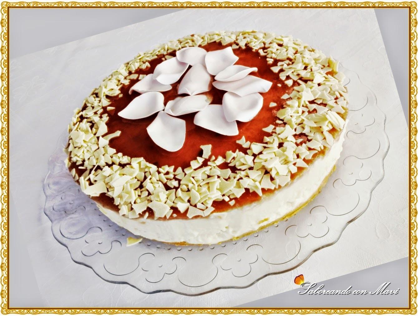 Mousse de chocolate blanco con mermelada de Pétalos de Rosas