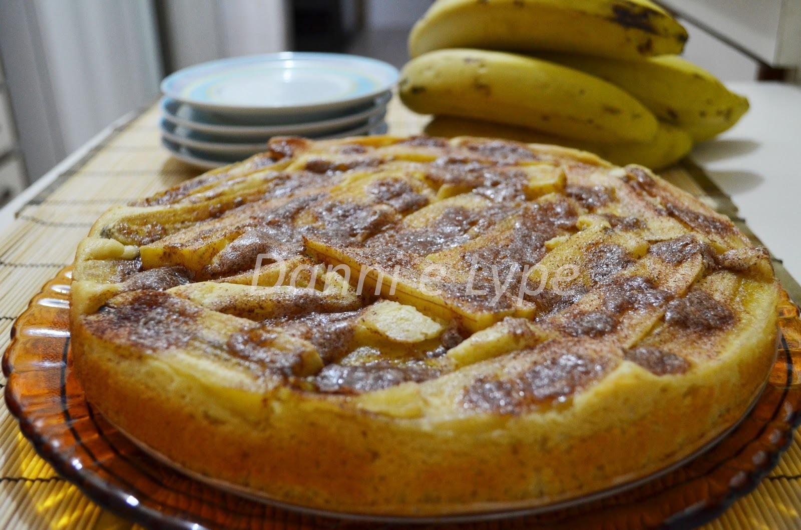 como fazer cuca de banana com cobertura de nata