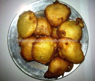 Banana and Semolina(Rava) Kachayam