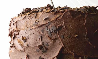 Bolo de Chocolate com Recheio de Musse