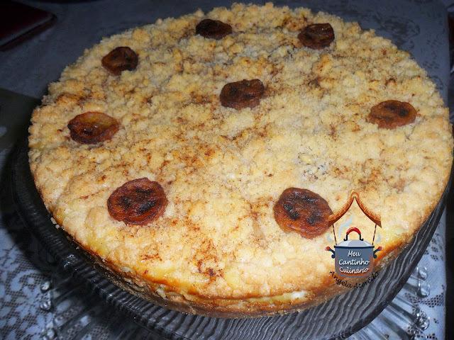TORTA DE FAROFA COM BANANA DOCE