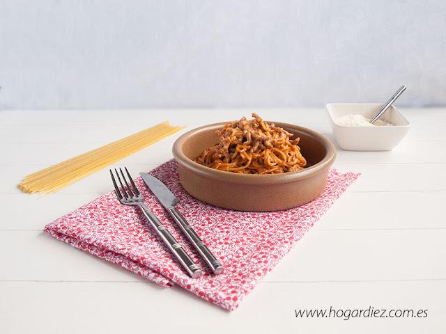 que se acompaña con espagueti