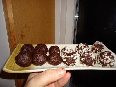 Rawfood - sundere konfektkugler med dadler og mandler