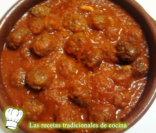 Receta de albóndigas de carne con salsa de tomate