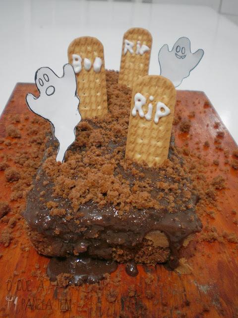 Bolo de Cemitério... quer dizer, de Chocolate!