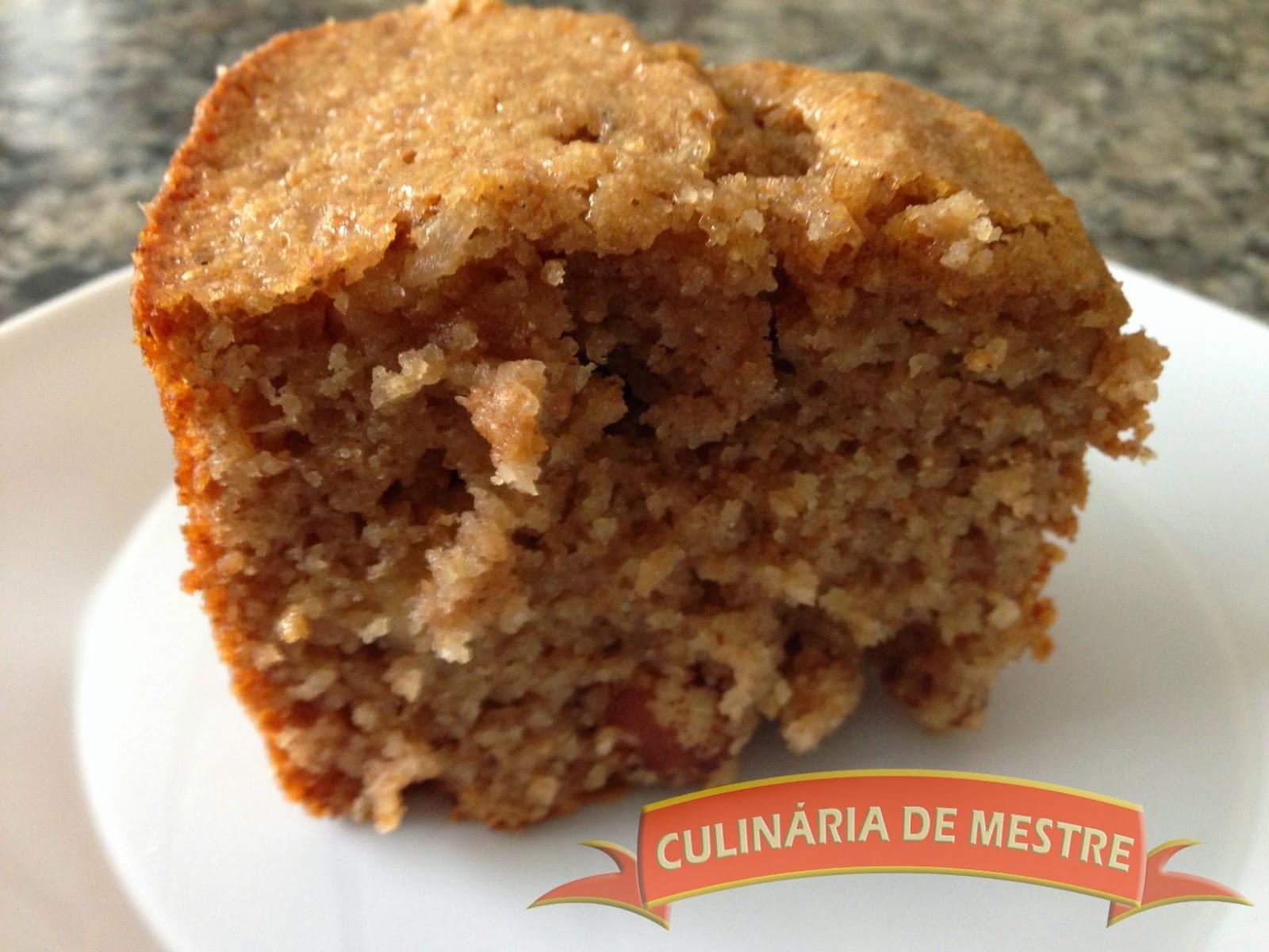 bolo integral com canela e castanha