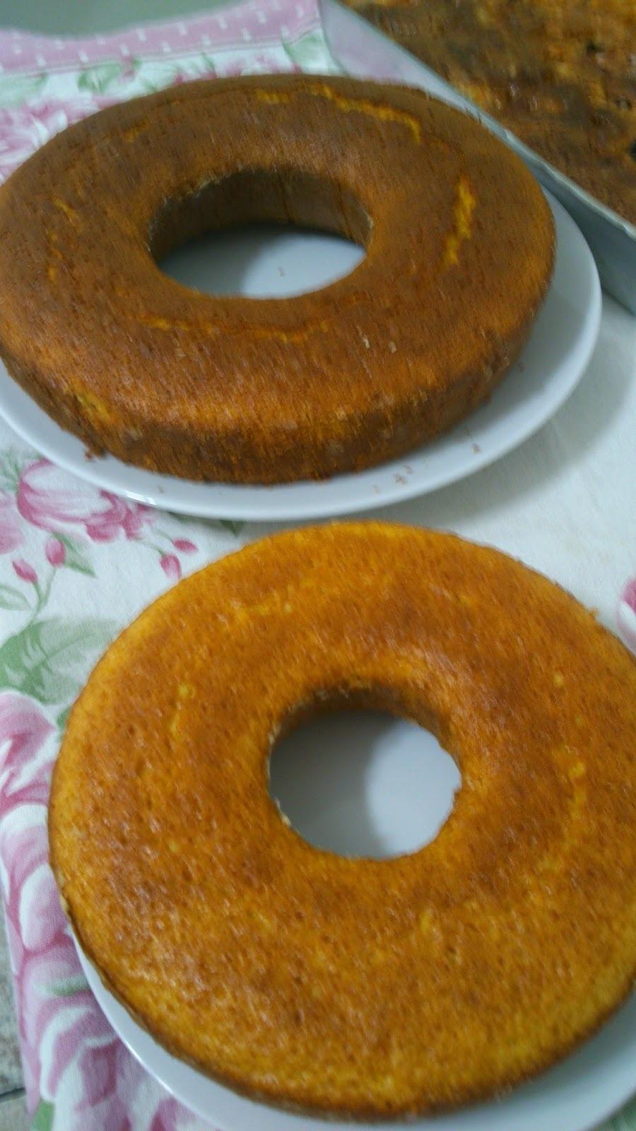 bolo de mandioca crua simples