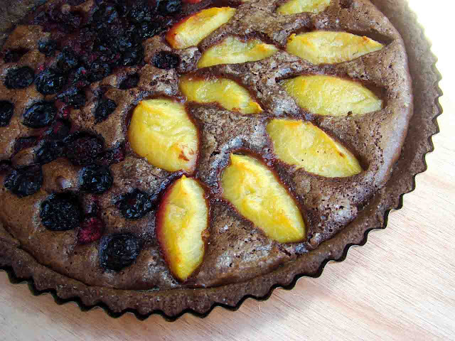 Tarta de Chocolate Brownie y Frutas