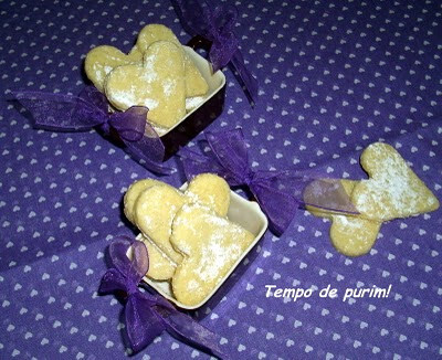 """Biscoitos de baunilha para """"Valentine's day"""" ops... para a Gigi!"""