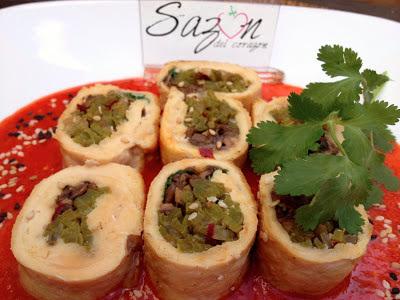 Sushi a la mexicana de pollo relleno de nopales y champiñones