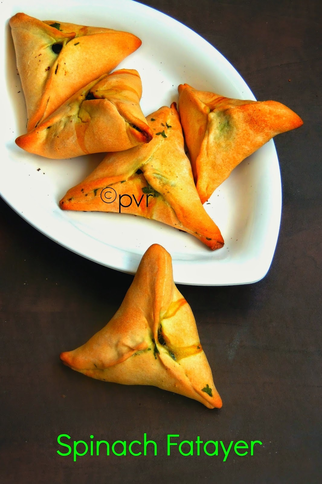 Spinach Fatayer/Fatayer Sabanekh/Spinach Pastry Triangles
