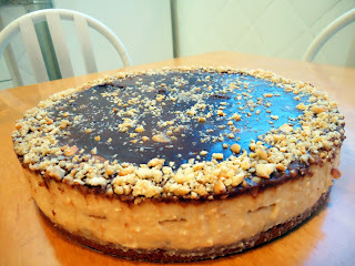 Receita: Torta de Creme Carolinda com Castanhas