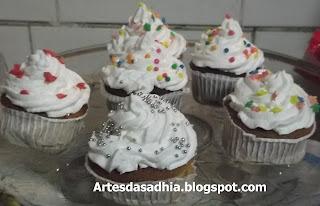 quanto tempo dura um cupcake fora da geladeira