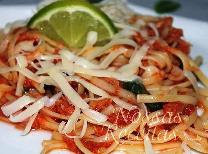 Macarrão com atum – Jamie Oliver