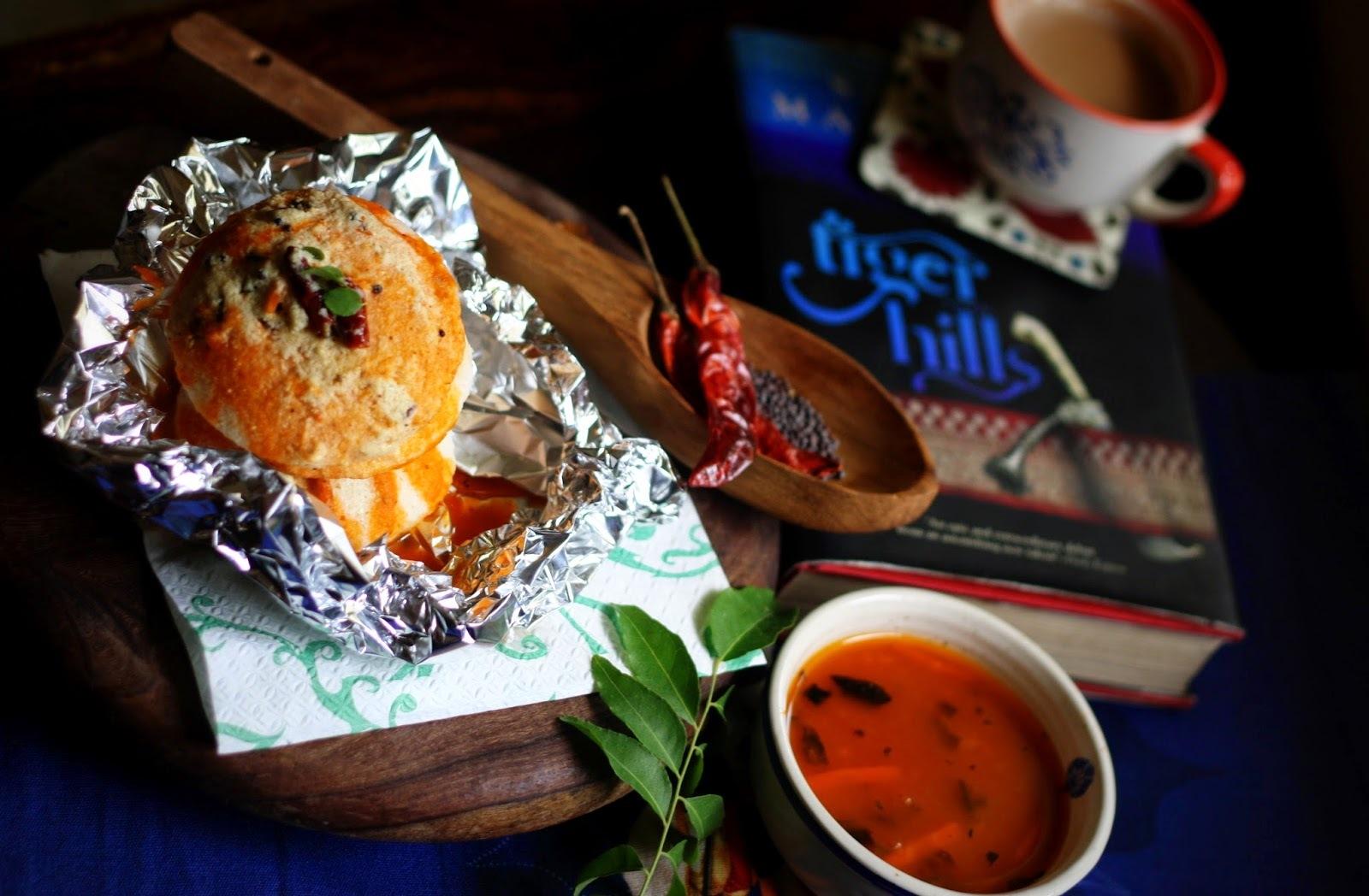 Steaming hot Idlis..Sambhar and coconut chutney