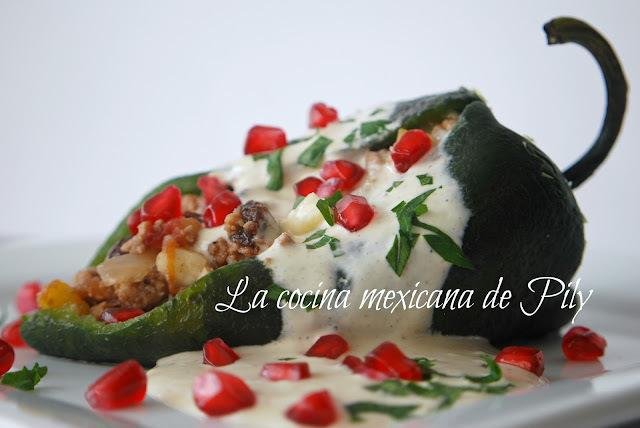 Chiles en nogada estilo La cocina mexicana de Pily