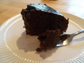 simples de bolo para comer com sorvete