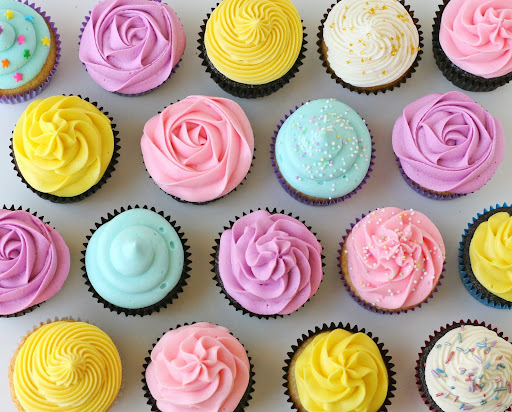cobertura rosa para cupcake