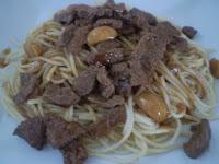 Espaguete Com Filé Mignon