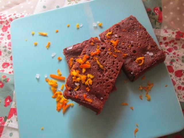Orange and fig brownies  (Brownie de higos y naranja)