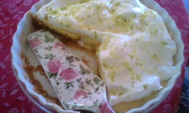 Microwave lemon pie