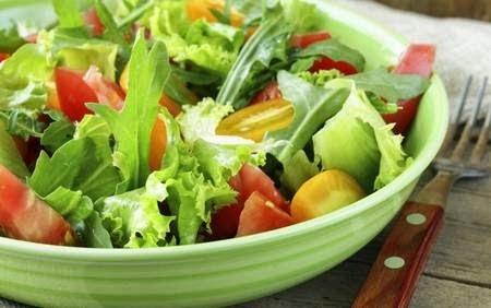 Cinco molhos deliciosos para deixar a salada mais apetitosa