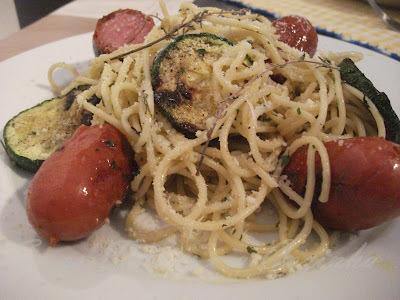 Spaghetti - wurst mit zucchini