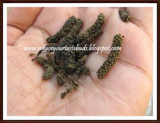 Thirikadugam Rasam | Herbal Soup / Rasam