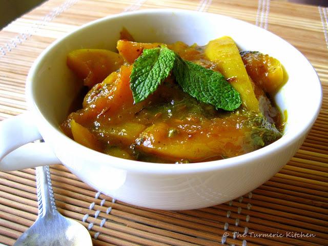 Fresh,Sweet  & Sour - Raw Mango & Mint Chutney ~Amba Pudina Khatta~