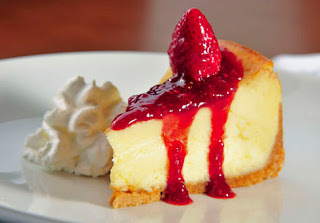 Cheesecake com geleia de morango