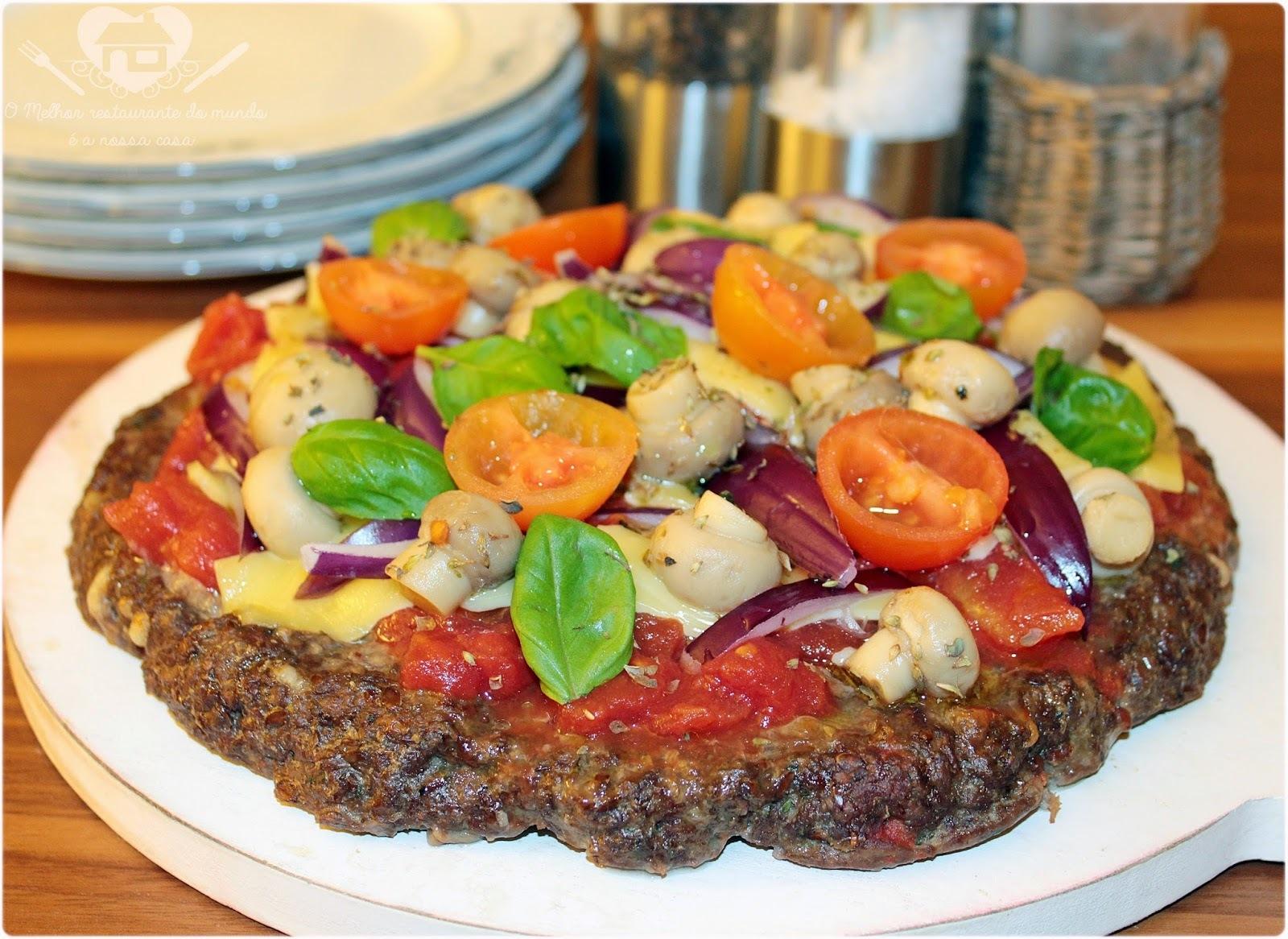 Pizza com Massa de Carne Moída da Nigella