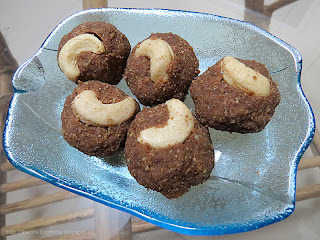 Ragi and Oats Ladoos