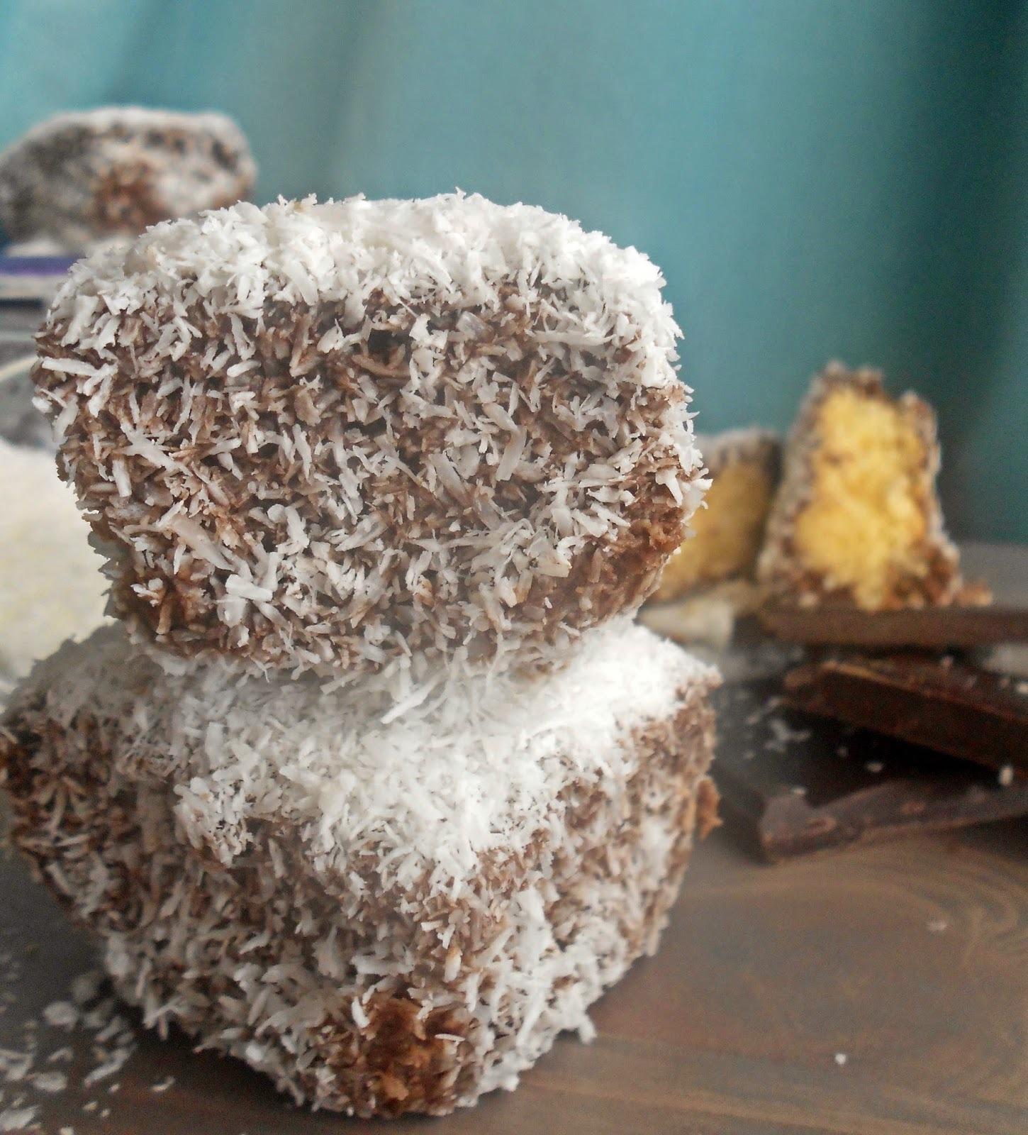 Κεκάκια-μπουκίτσες με σοκολάτα και καρύδα