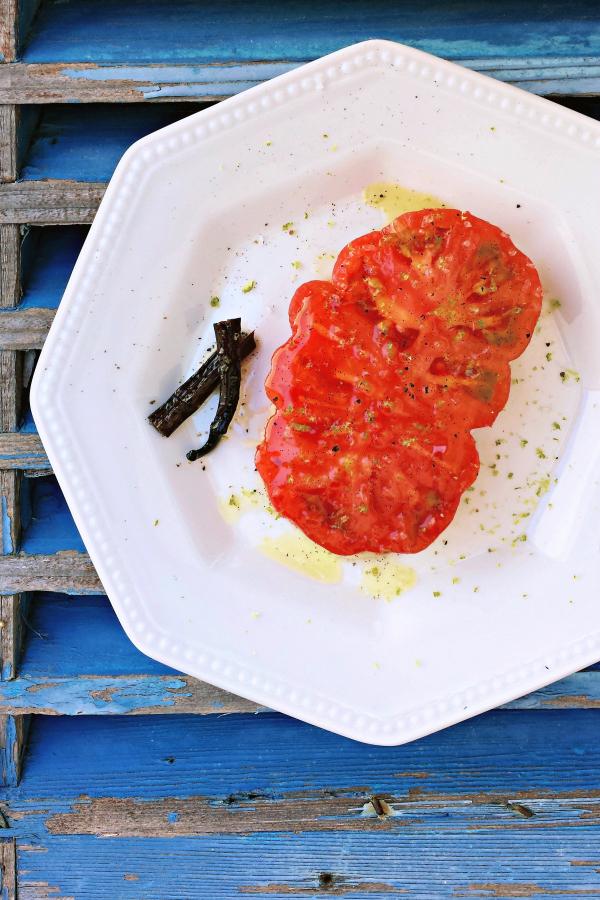 tomate 'corazón de buey' con aliño de vainilla y lima #ponunaensalada