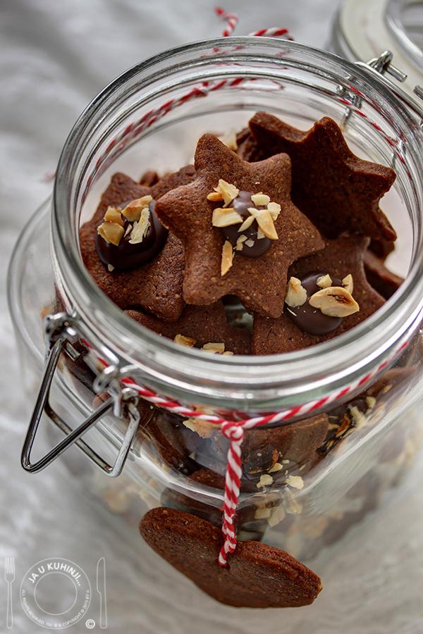 Đumbir keksići sa lešnikom / Ginger hazelnut cookies