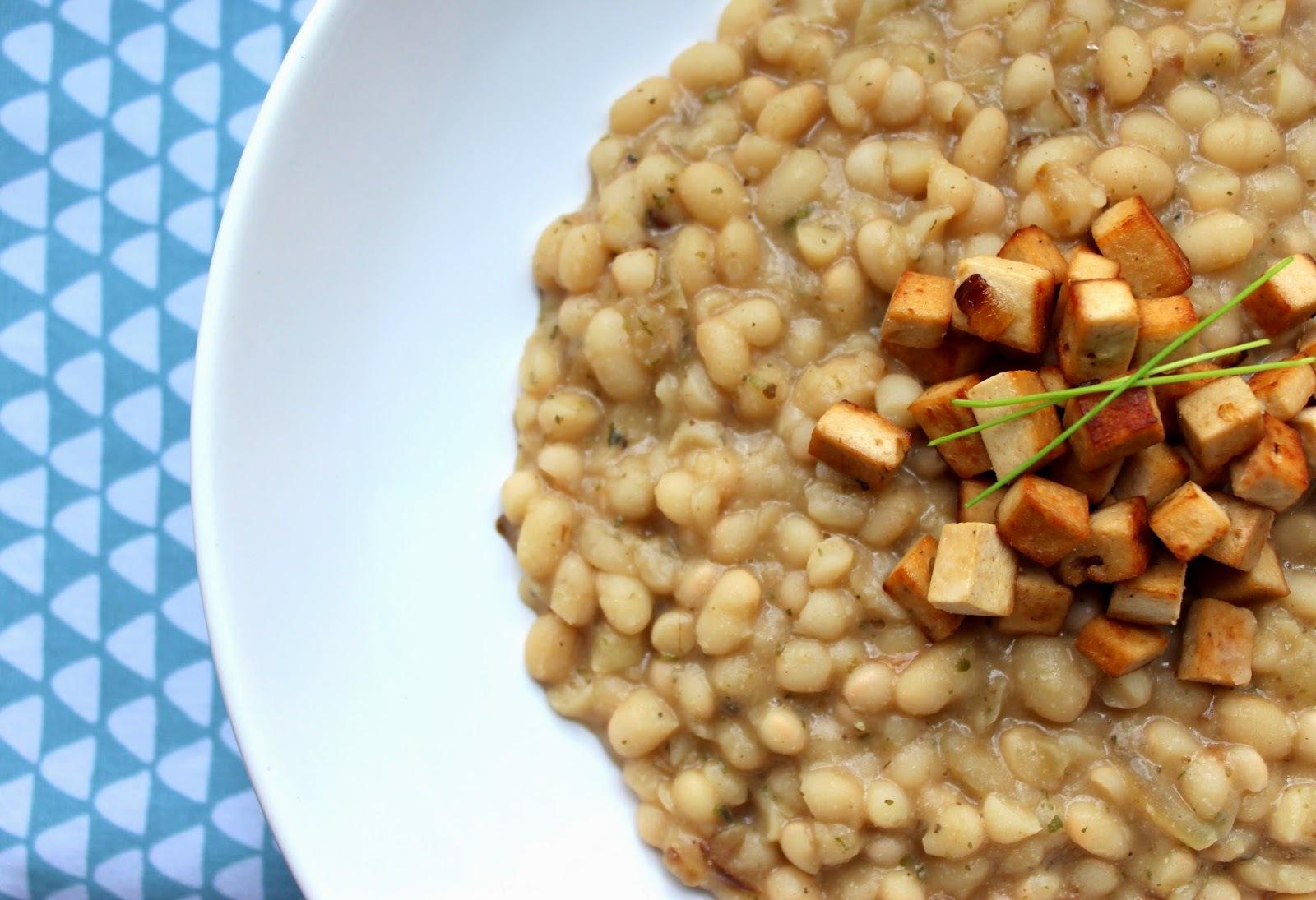 Bílé fazole s uzeným šmakounem
