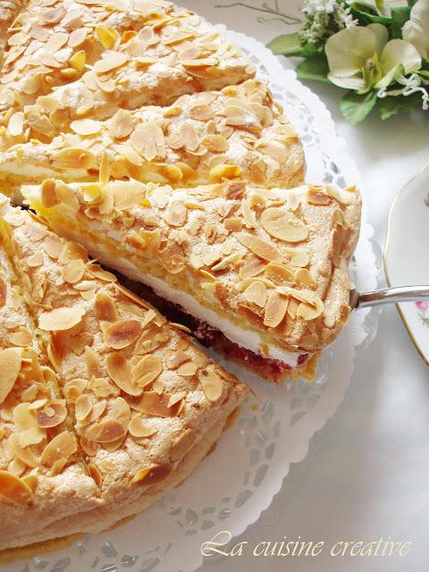 Torta sa bademima i visnjama