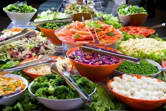 12 Receitas de Molho de Salada com Poucas Calorias e Deliciosos