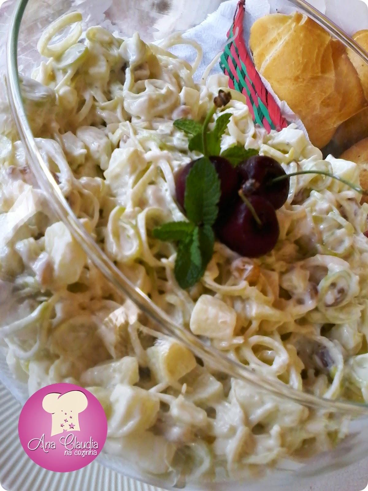 Salada de Alho Porò com Maçã Verde
